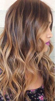 brown-hair-caramel-highlights