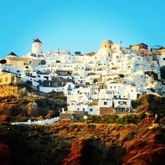 Oia, Greece  #digitalnomads #destinationunknown #nomadlife