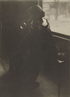 Clarence H. White. The Bubble. 1898, platinum print