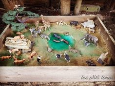 World of Savannah - Decor Universe Jungle Activities, Animal Activities, Montessori Activities, Toddler Activities, Savanna Animals, Kids Play Table, Science Crafts, Small World Play, Animal Habitats