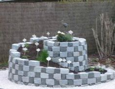 Kräuterspirale Garten,Mauern,Stein,Gartengestaltung,Bepflanzung                                                                                                                                                                                 Mehr