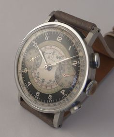 Omega 33.3 Chronograph