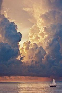Extrañas nubes.