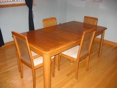 Used Dining Room Furniture with Oak Material - http://bcanes.com/used-dining-room-furniture-with-oak-material/