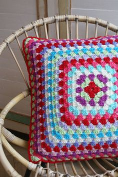 Crochet pillow cover may make this to match the blanket I'm making my grandma just need to figure out how to sew it on