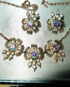 Vintage 1950s goldtone AB rhinestone necklace & clip on earrings set