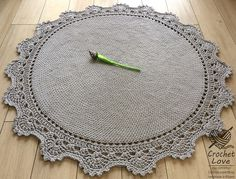 Handmade crochet rug It is thick and soft to the touch. Original and unconventional design. It will be a great complement to the interior decorated in Scandinavian style, classical and modern. Material: 100% Cotton - high quality cotton cord/rope 5 mm made in EU Colour: The