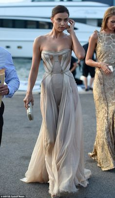 Head turner: Irina Shayk looked stunning as she stepped out in St. Tropez on Wednesday night, ahead of attending the star-studded Leonardio DiCaprio Foundation Gala