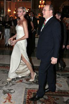 Prince Albert and Princess Charlene of Monaco - MYROYALS  FASHİON