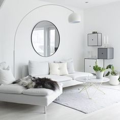 Big living room or rather a small living room? Take a gander at these breath-taking views that these big living rooms have, and make your decision. Big Living Rooms, Small Living Room Design, Living Room Interior, Home Living Room, Living Room Designs, Living Room Decor, Söderhamn Sofa, Couch, Ikea Sofas