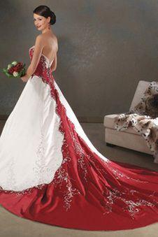 Die 58 Besten Bilder Von Farbige Brautkleider Cute Dresses Formal