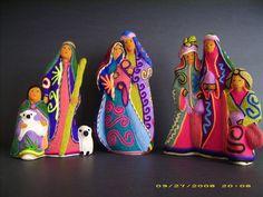 Huichol 8 figure, 3 pc, Beaded Ceramic Nativity Set - Mexico