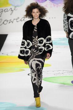 Desigual Fall 2015 at New York Fashion Week | Stylebistro.com