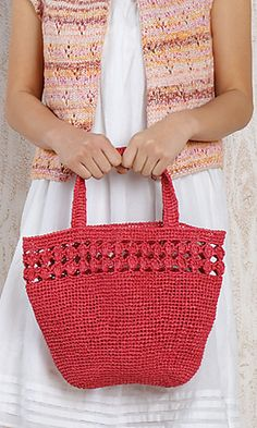 Crochet Japanese handbag--so cute.Ravelry: Amian Eco Bag pattern by Pierrot (Gosyo Co.Japanese version available here. Both English and Japanese versions are fully charted using standard knitting and& crochet symbols.crochet - bag - like idea of decorativ Crotchet Bags, Crochet Tote, Crochet Handbags, Crochet Purses, Knit Or Crochet, Knitted Bags, Free Crochet, Crochet Symbols, Crochet Patterns