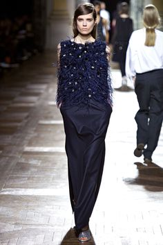 Dries Van Noten Fall 2013 Ready-to-Wear - Collection - Gallery - Style.com