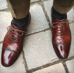Belgrave, a classic oxford style featuring punching detail across the toe cap. Made using the finest calf leather or calf suede with bark tanned single leather soles. From the Hand Grade collection.