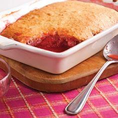 Pouding aux fraises et rhubarbe - Recettes - Cuisine et nutrition - Pratico Pratique
