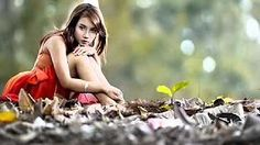 Daydreaming images Autumn Girl wallpaper and background photos . Figure Photography, Senior Photography, Creative Photography, Photography Ideas, Senior Pictures, Girl Pictures, Portrait Poses, Portraits, Autumn Photography
