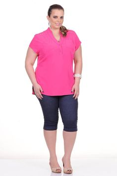 Moda feminina plus size   86906 Camisete com detalhe hot fix