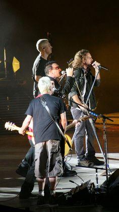 Pearl Jam meets U2, Hawaii 2006 | Flickr - Photo Sharing!
