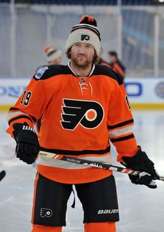 Scott Hartnell... It kills me he plays for Philly :(  #Hartnelldown
