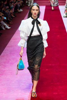 Dolce pencil skirt+big shoulders(80s)+transparency