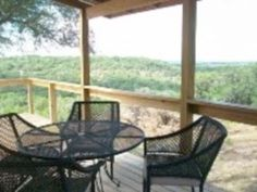 Hot tub & pool in wimberley, not on water, only $195 a night