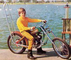Chooper bicycle. Fancy Cars, Cool Cars, Triumph Motorcycles For Sale, Minis, Motorcycle Paint, Minibike, Bike Stuff, Vintage Racing, Go Kart
