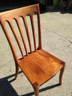 .:The Wooden Duck - moe chair