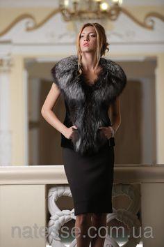 меховой жилет меховая жилетка из меха финской чернобурки и черного мутона Finn silver fox and black mouton fur vest