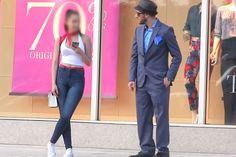 Розыгрыш золотоискательницы https://mensby.com/video/entertainment/7405-gold-digger-prank  Есть такие девушки, которые целенаправленно ищут мужчин, которые могут обеспечить им роскошный образ жизни. Как отреагирует девушка на мужчину в дорогом костюме, но дешевой машине?