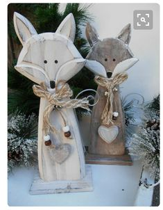 ° ^ ° Foxes made of WOOD ° ^ ° handmade animal figure shabby nature decoration heart fox . ° ^ ° Foxes made of WOOD ° ^ ° handmade animal figure shabby nature decoration heart fox bell Christmas Wood Crafts, Christmas Projects, Fall Crafts, Holiday Crafts, Christmas Crafts, Diy And Crafts, Christmas Decorations, Xmas, Christmas Ornaments