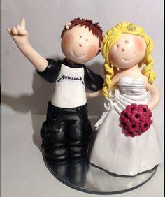DIY Wedding Cake topper, pretty cute!