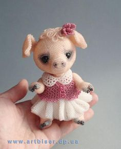 Adorable - Got to figure out how to make, she'll look so cute with my pig collection.