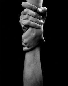 The body beautiful - extraordinary photos by arno rafael oras, human body, holding hands Hand Fotografie, Photographie Art Corps, Hand Kunst, Hand Photography, Photography Reviews, Human Body Photography, Landscape Photography, Asian Photography, Photography Lighting