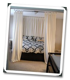 DIY: Easy Canopy Bed