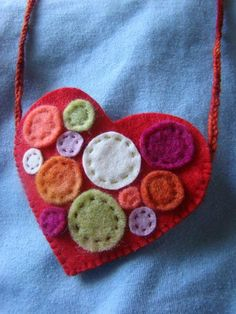 Living Crafts Blog » Blog Archive » Wool Felt Hearts