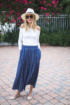 Little Blonde Book by Taylor Morgan | A Life and Style Blog : Blue & White Summer
