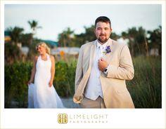 #wedding #photography #weddingphotography #destinationwedding #beachwedding #beach #tweenwatersinnresort #captiva #captivaisland #florida #stepintothelimelight #limelightphotography #groomandbride