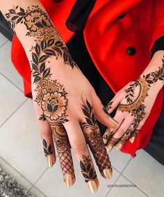 Latest Amazing Mehndi Designs For Parties Hello Guys! here you will see Latest Mehndi Designs with Amazing Patterns for your Hands and. Dulhan Mehndi Designs, Mehandi Designs, Mehendi, Mehndi Designs 2018, Modern Mehndi Designs, Mehndi Designs For Girls, Mehndi Design Photos, Wedding Mehndi Designs, Beautiful Henna Designs