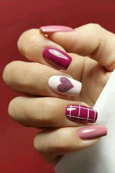 """Tips to make nails grow quicker Nails are part of our skin and are made up of layers of protein called """"keratin"""". We would all like our nails to grow faster as beautiful nails mean beautiful look. Heart Nail Designs, Valentine's Day Nail Designs, Acrylic Nail Designs, Nails Design, Stylish Nails, Trendy Nails, Cute Nails, Pink Nail Art, Pink Nails"""
