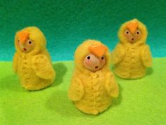 felt peg doll Baby chicks set of 3 spring wood easter peglets