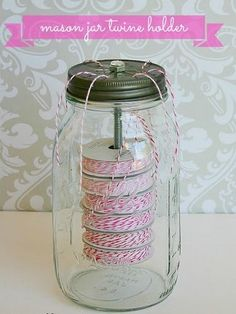 Mason jar crafts are infinite. Mason jars are usually used for decorators, wedding gifts, gardening ideas, storage and other creative crafts. Here are some Awesome DIY Mason Jar Crafts & Projects that can help you reuse old Mason Jars for decoration Mason Jar Twine, Pot Mason Diy, Mason Jars, Bottles And Jars, Glass Jars, Canning Jars, Mason Jar Projects, Mason Jar Crafts, Diy Projects