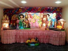 """Motivo Temático """"As Princesas"""" MariaFumacaFestas #MariaFumacaFestas_Princesas  Criatividade e beleza fazem a diferença em uma decoração de festa de aniversário infantil. Para surpreender a criançada, conheça nossas sugestões de temas."""
