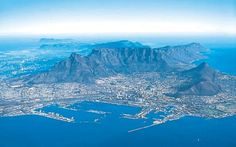 Cape Town South Africa - This beautiful city at the foot of Table Mountain Mountain Zebra, Table Mountain, Oh The Places You'll Go, Places To Visit, Colorful Mountains, Paradise Travel, Cape Town South Africa, The Beautiful Country, Destinations