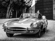Reportage di nozze di Serena & Marco di Riccardo Bestetti Car Wedding, Wedding Couples, Wedding Car Decorations, Just Married, Black And White Photography, Classic Cars, Wedding Photography, Black White Photography, Vintage Classic Cars