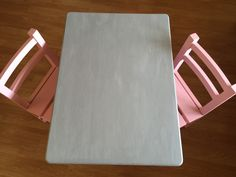 Toddler Table and Chair Set Makeover at www.doitallmoms.com