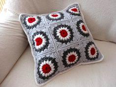 Sunburst Granny Square Pillow /cushion cover #crochet