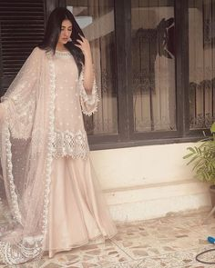 A-Line Wedding Dresses Collections Overview 36 Gorgeou… Shadi Dresses, Pakistani Formal Dresses, Pakistani Fashion Party Wear, Pakistani Wedding Outfits, Pakistani Wedding Dresses, Indian Fashion Dresses, Pakistani Dress Design, Indian Designer Outfits, Bridal Outfits