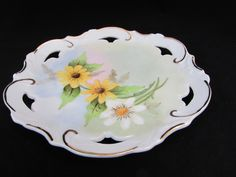 Yellow and White Daisy Plate Vintage Porcelain Decorative Plate - Etagere Antiques, Vintage, Collectibles